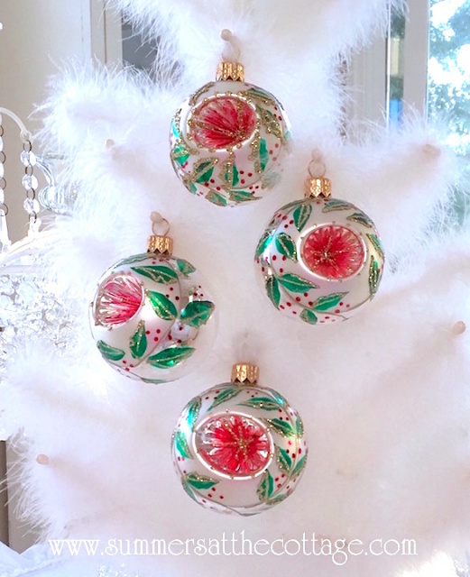Vintage Style Christmas Ornaments Holiday Inn European