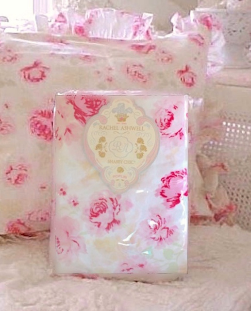 Rachel Ashwell Shabby Chic Couture Pink Peonies White Ruffle Standard Shams SET