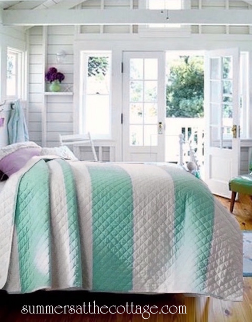 COASTAL COTTAGE BEACH HOUSE AQUA WHITE CABANA STRIPE QUILT SET - KING