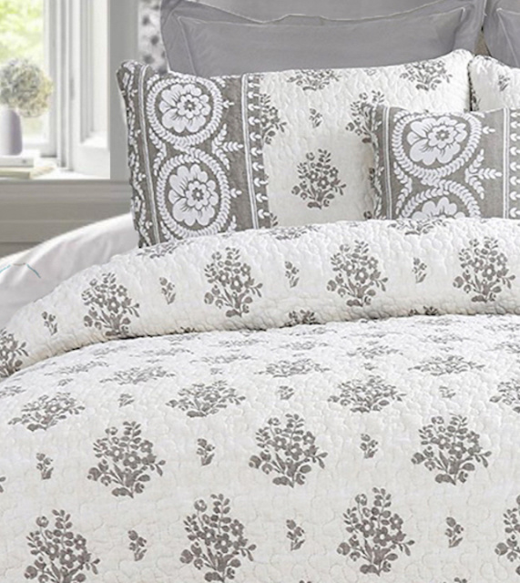 FARMHOUSE GRAY WHITE VINTAGE ROSES FLOWER BASKETS QUILT SET - QUEEN