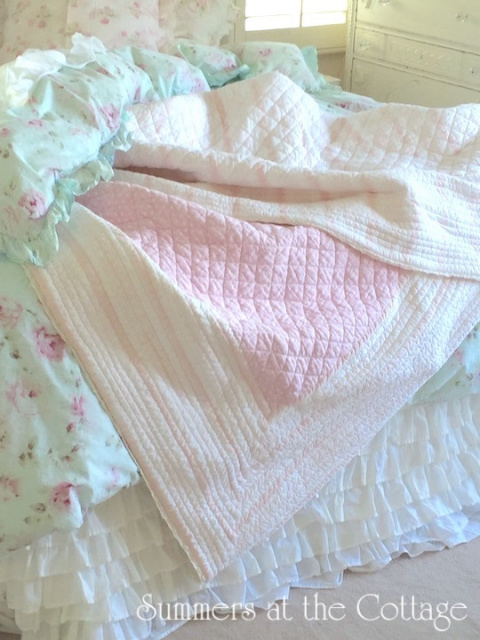 PINK CABANA STRIPE CROCHET LACE WHITE POLKA DOT QUILT SET