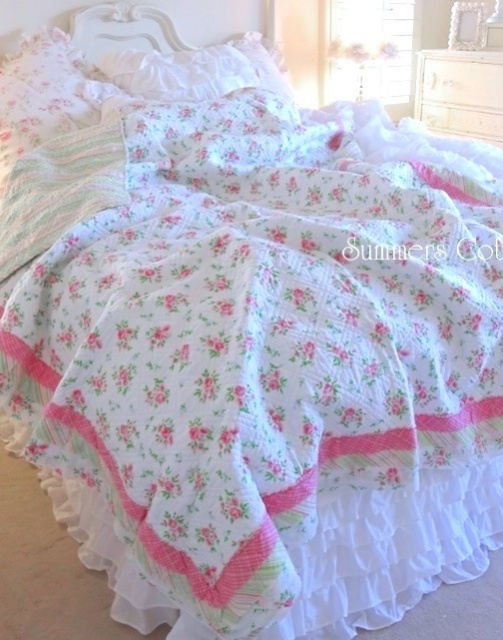 SHABBY BEACH COTTAGE CHIC PINK SWEET DREAM ROSES RAG RUFFLE TWIN QUILT SET