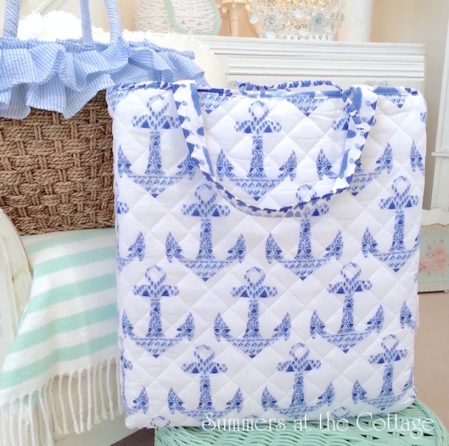 COASTAL BEACH QUILT BLUE YACHT CLUB ANCHORS ON WHITE - FREE BEACH BAG