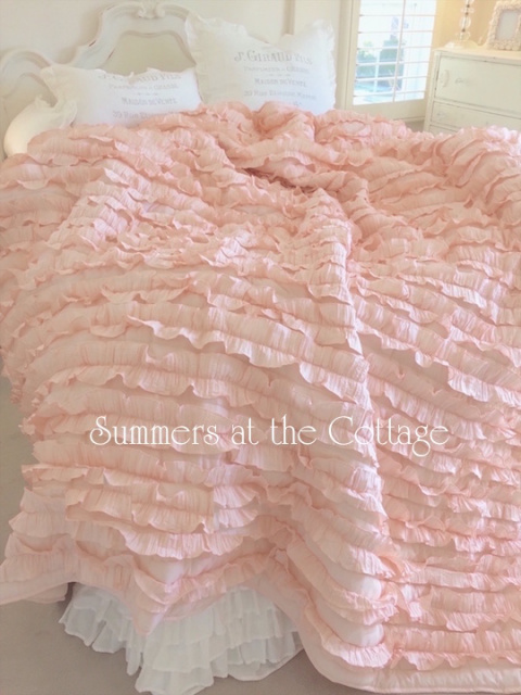 BLISSFUL COTTAGE PEACH RUFFLE FRENCH MARKET QUEEN BEDDING