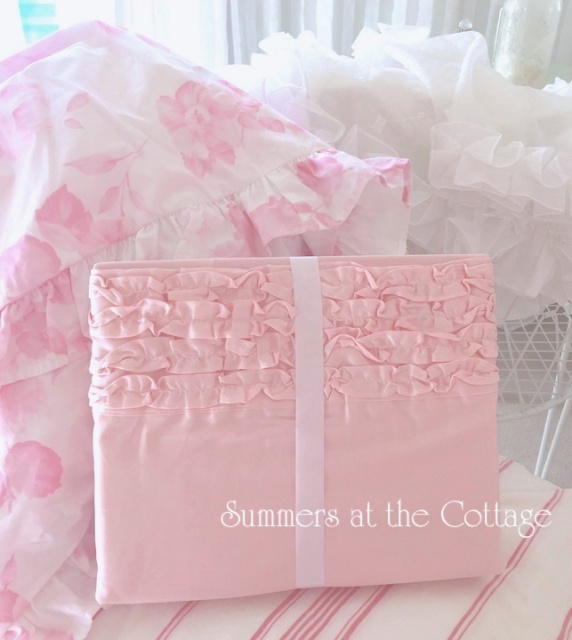 SHABBY COTTAGE CHIC DARLING PINK RUFFLED SHEET SET