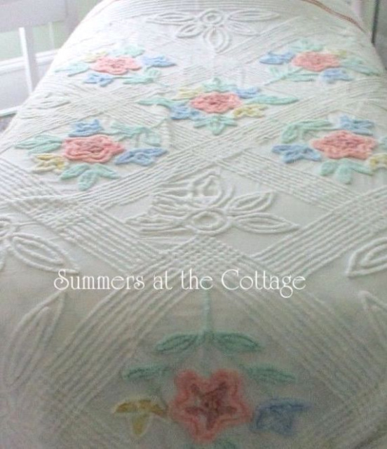 VINTAGE CHENILLE BEDSPREAD PASTEL COLORS MINT LEAVES ON WHITE